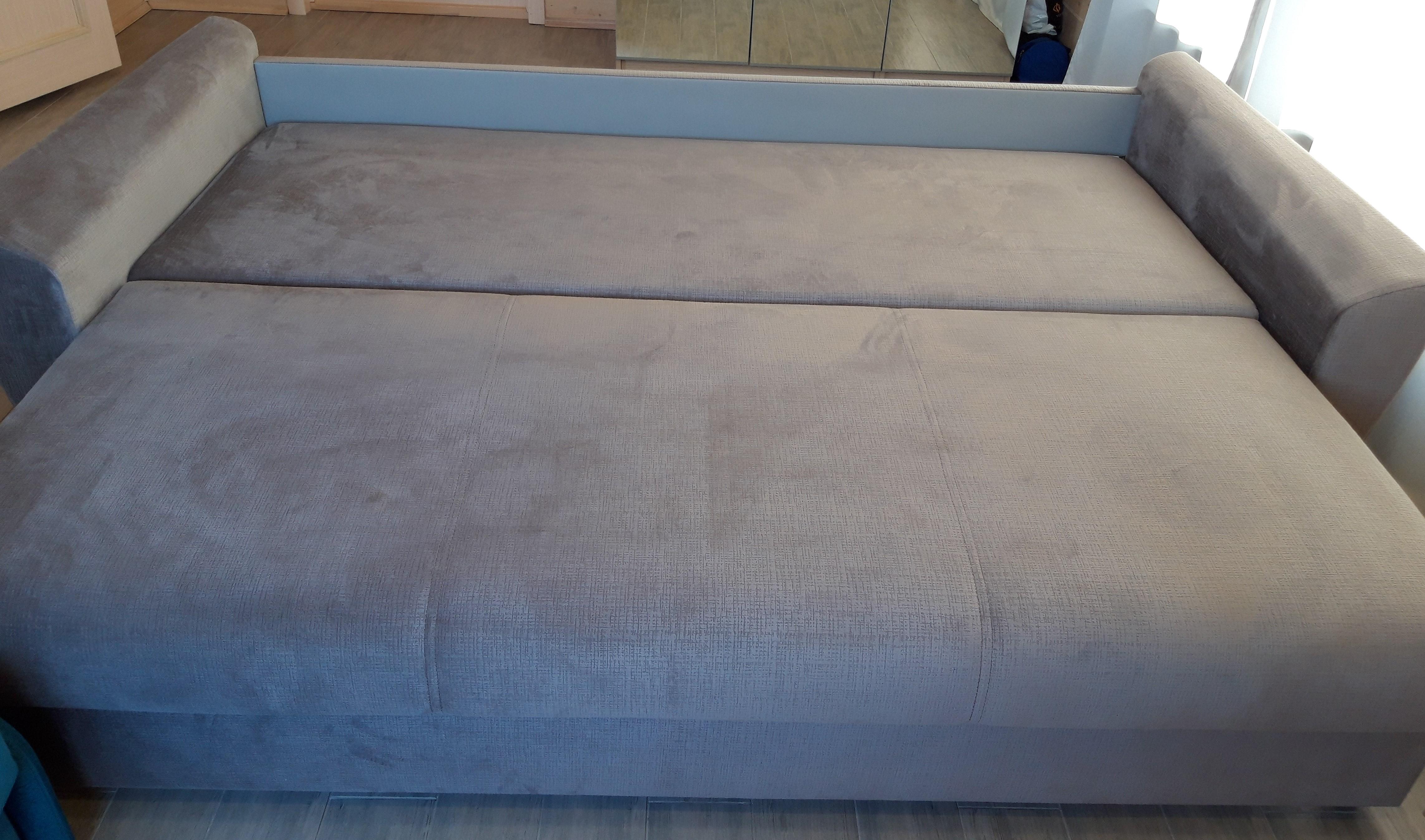 Красивый диван в гостиную купить